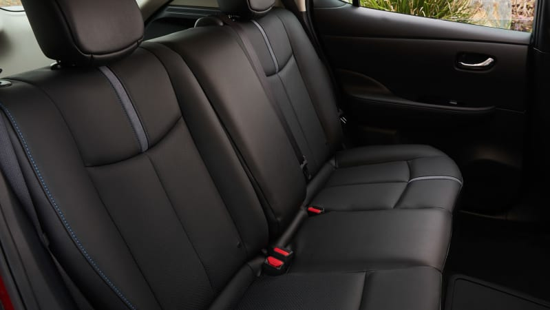 Leaf backseat