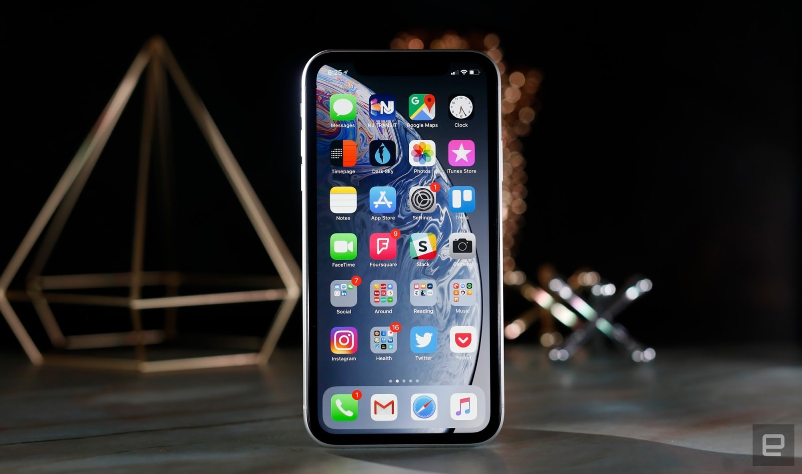 Recommended Reading: Blame the apps for iPhone privacy woes | Apple