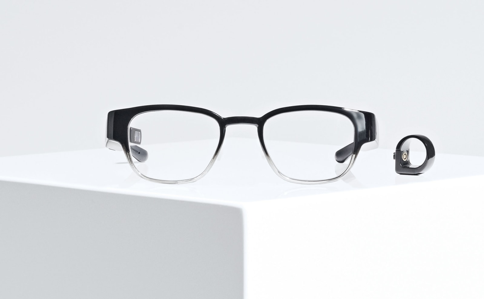 Custom-made smart glasses pick up where Google Glass left off