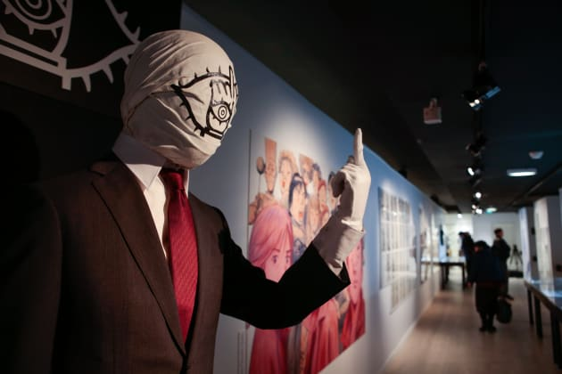 実写版映画で実際に使用された「ともだち」のマスク。