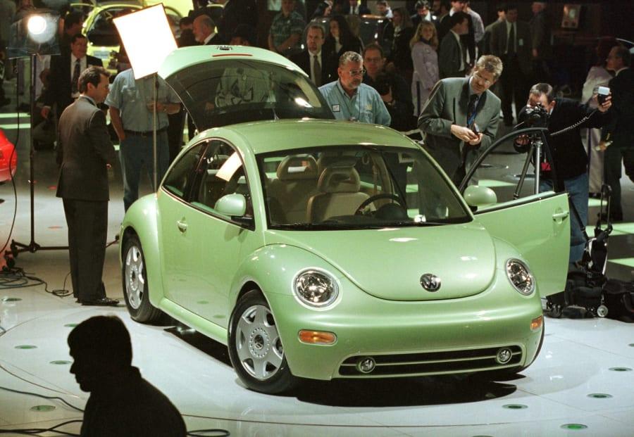 2005年の米国デトロイトでのモーターショーに展示された「ニュービートル」