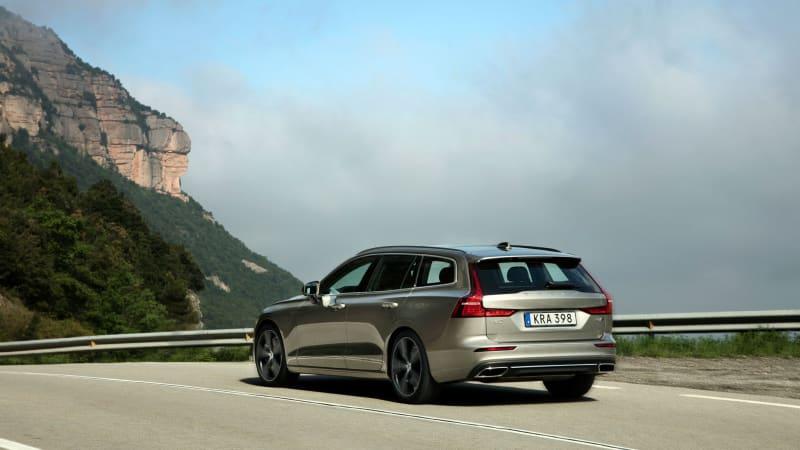 2019 Volvo V60 wagon road test review | Autoblog