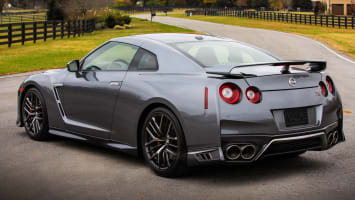 2018 Nissan Gt R And 370z Short Road Test Review Autoblog