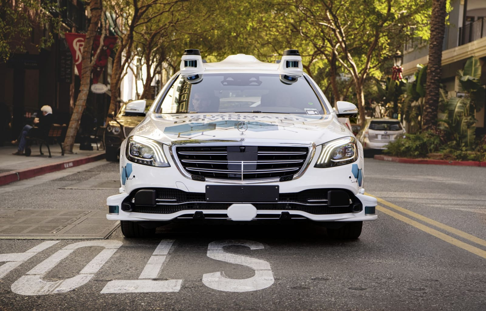 Mercedes-Benz and Bosch for an app-based ridesharing servic