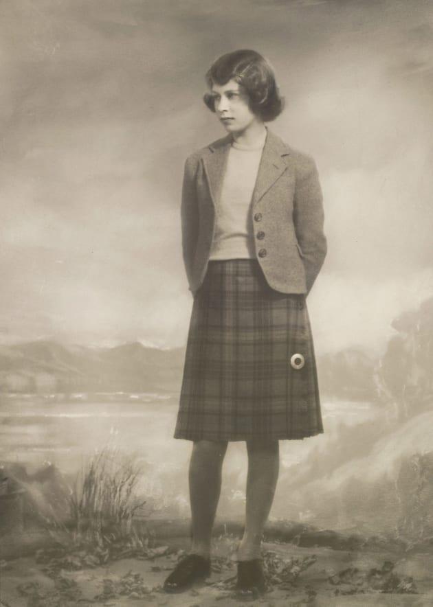王女時代、14歳頃のエリザベス女王(1940年4月)