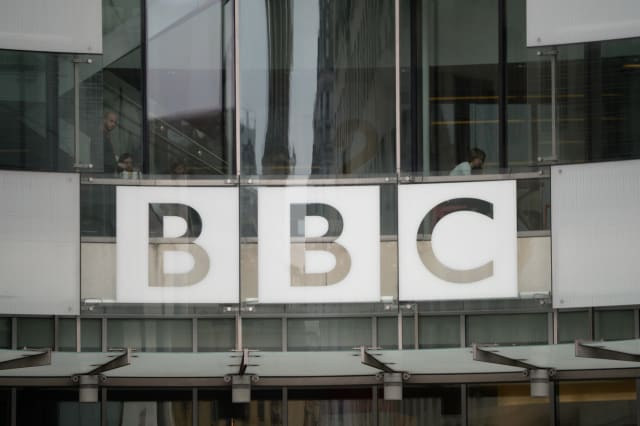 Former BBC journalist Kelly Jobanputra killed by train
