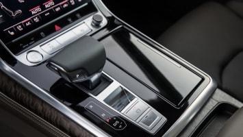 Audi Q8 shifter