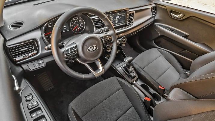 2018 Kia Rio EX interior
