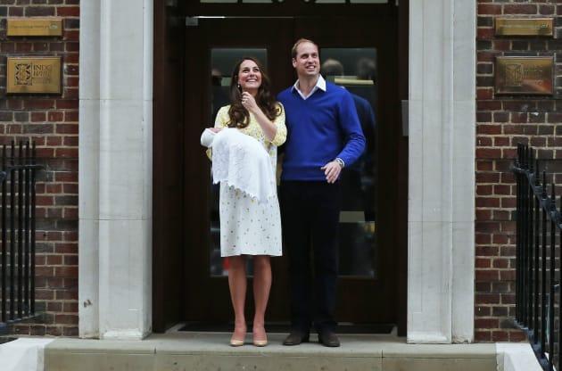 """Keira Knightley critique Kate Middleton et ses apparitions """"pimpantes"""" après chaque"""