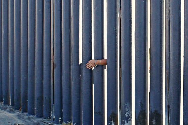Border Hands