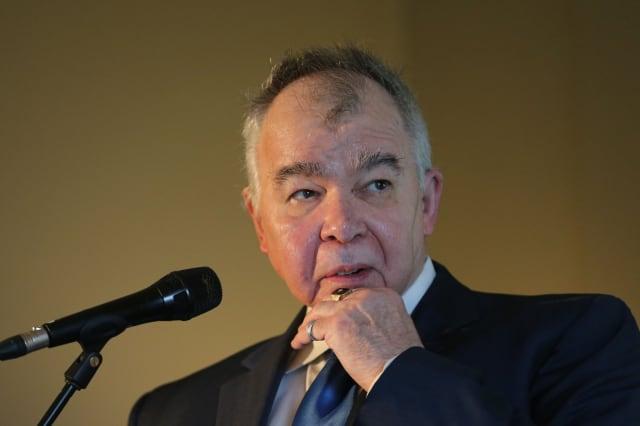 Folk singer John Prine dies aged 73 after contracting coronavirus