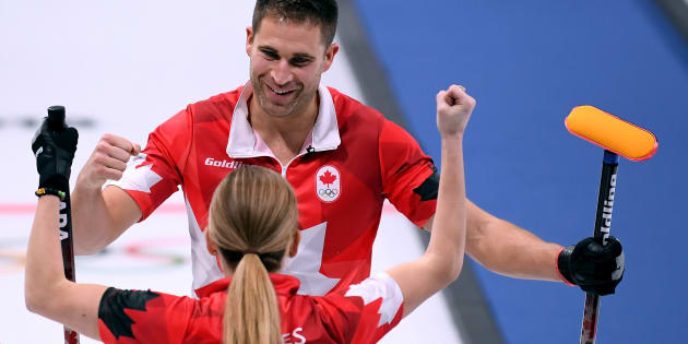 John Morris and Kaitlyn Lawes dominated the mixed doubles round robin.