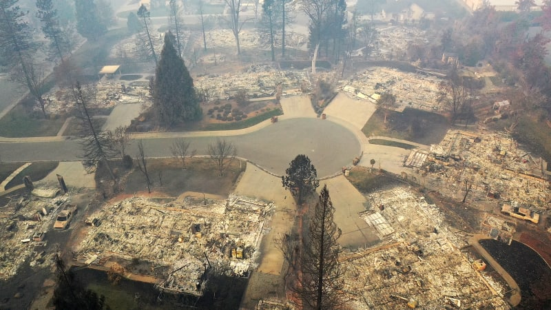 California Town Of Paradise Devastated By The Camp Fire Continues Search And Recovery Efforts