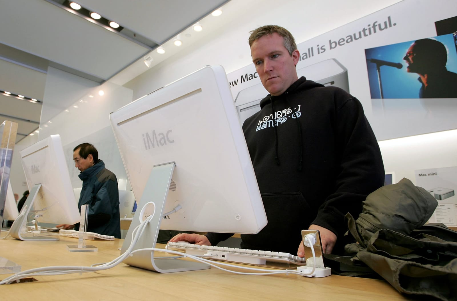 Apple Unveils Software To Run Windows XP
