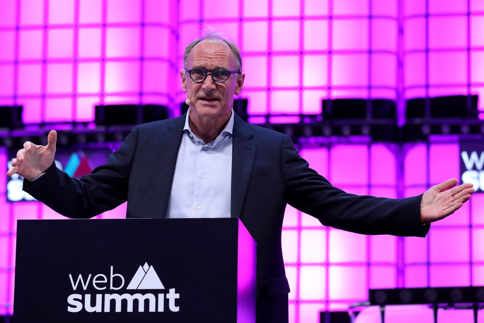 Portugal: Web Summit 2018 - Day 1
