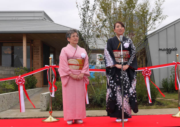 昨年10月、オープン時のイベントで共同代表の鈴木美穂さんと
