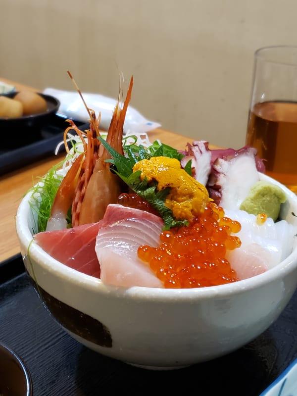 熱海で食べた海鮮丼