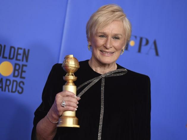 """Glenn Close et son Golden Globe de """"meilleure actrice"""" pour son rôle dans """"The Wife"""",..."""