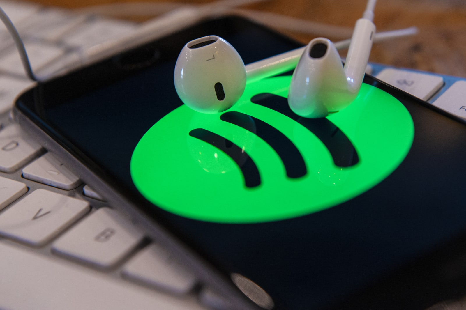 Spotify ends direct music uploads for indie artists