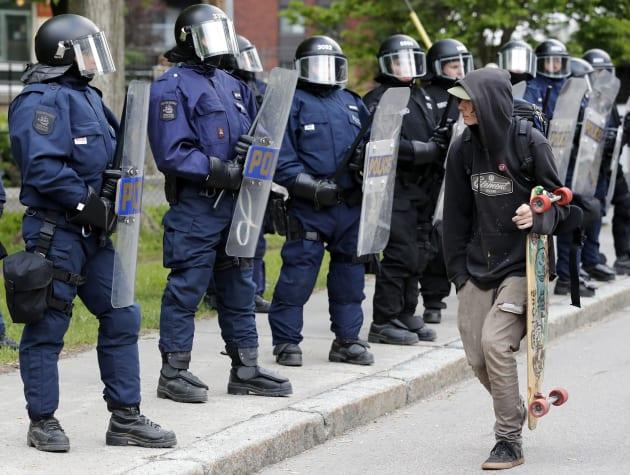 Une première manifestation en marge du G7 à Québec avec une forte présence