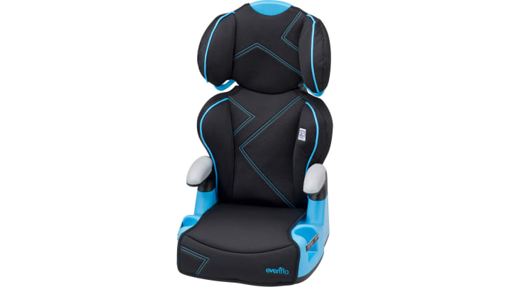 best car seats for infants and toddlers autoblog. Black Bedroom Furniture Sets. Home Design Ideas