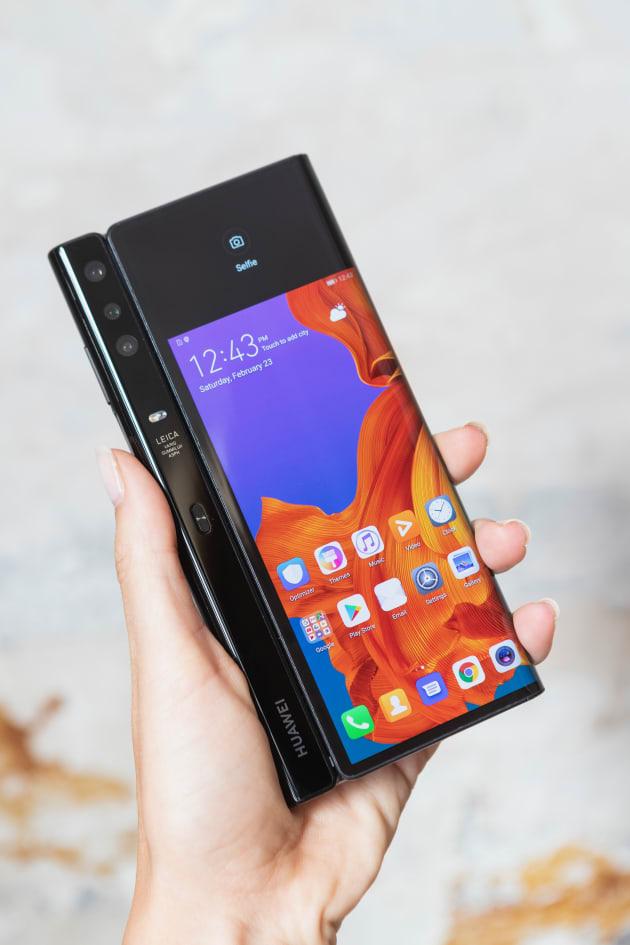 Un nuevo golpe a los smartphones, presentan Huawei Mate