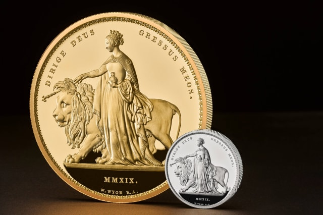 Royal Mint unveils its largest ever coin