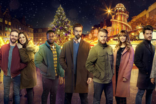 Gun drama to strike Corrie cobbles during dramatic Christmas special
