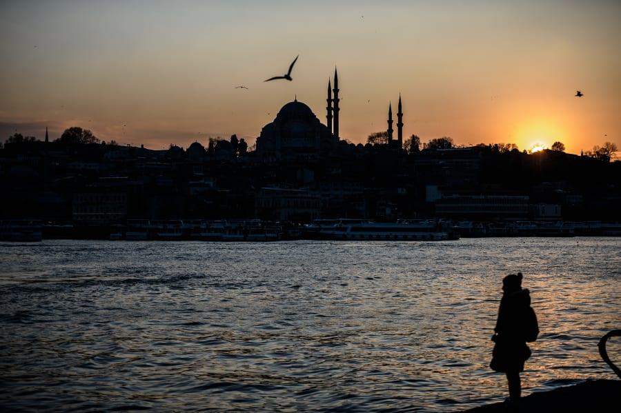 El Cuerno de Oro, estuario de Estambul, en enero de 2016