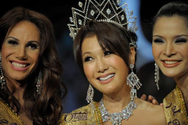 2009年のミス・インターナショナルクイーンの世界大会で優勝したはるな愛さん=タイ