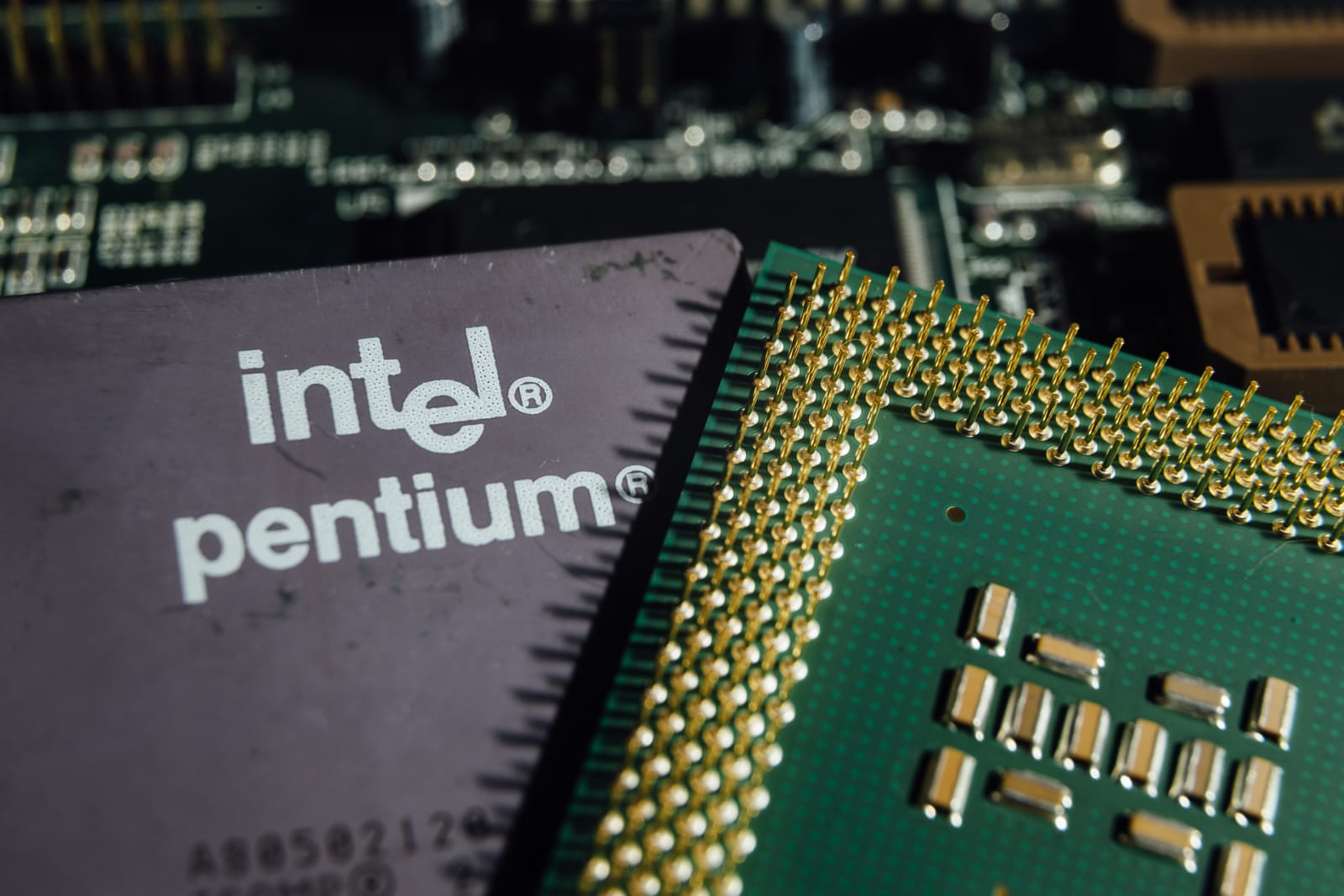 intel pentium flaw Read here for all the latest information—vulnerabilities, patches, fixes, and more—on the recently discovered major security flaws in cpus from intel, amd, and arm.
