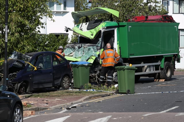 Kidbrooke lorry crash