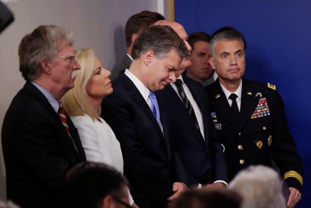 El director del FBI, Christopher Wray; la secretaria de Seguridad Nacional, Kirstjen Nielsen; y el asesor de Seguridad Nacional de la Casa Blanca, John Bolton y Dan Coats.