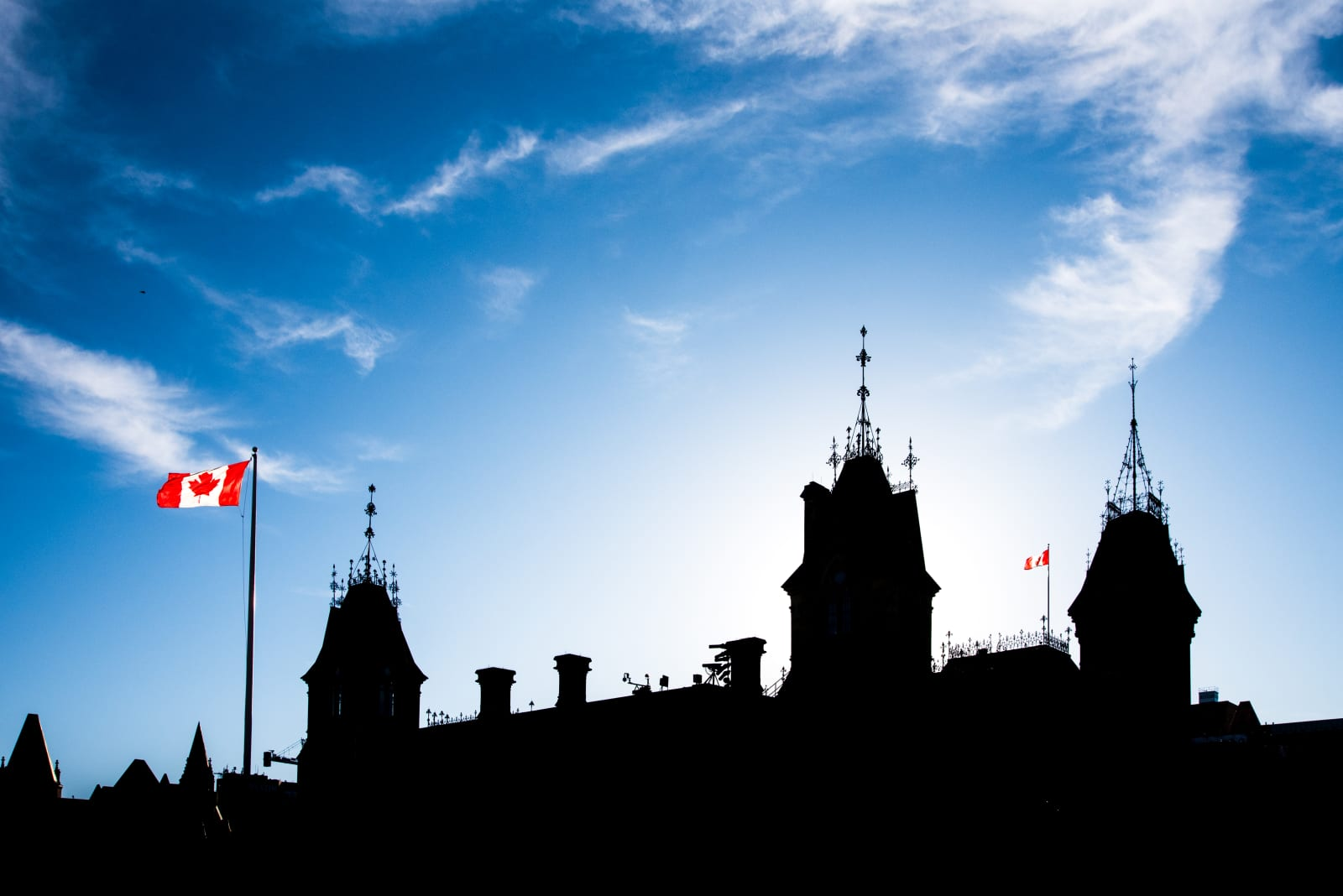 Canada reveals measures to tackle online extremism