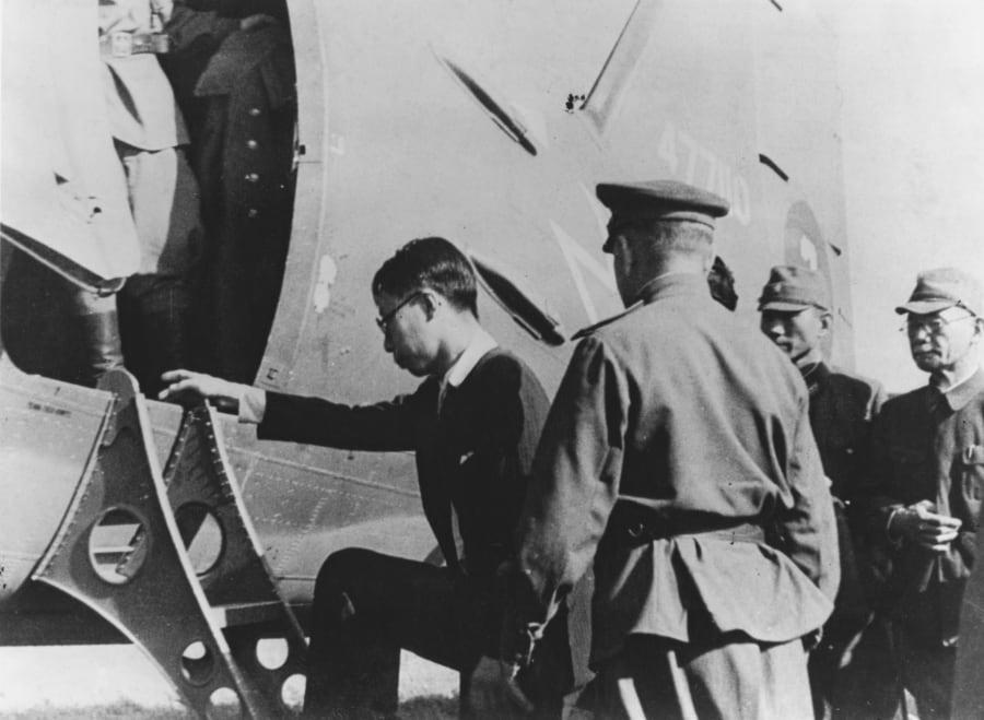 ソ連軍に逮捕、抑留された溥儀。