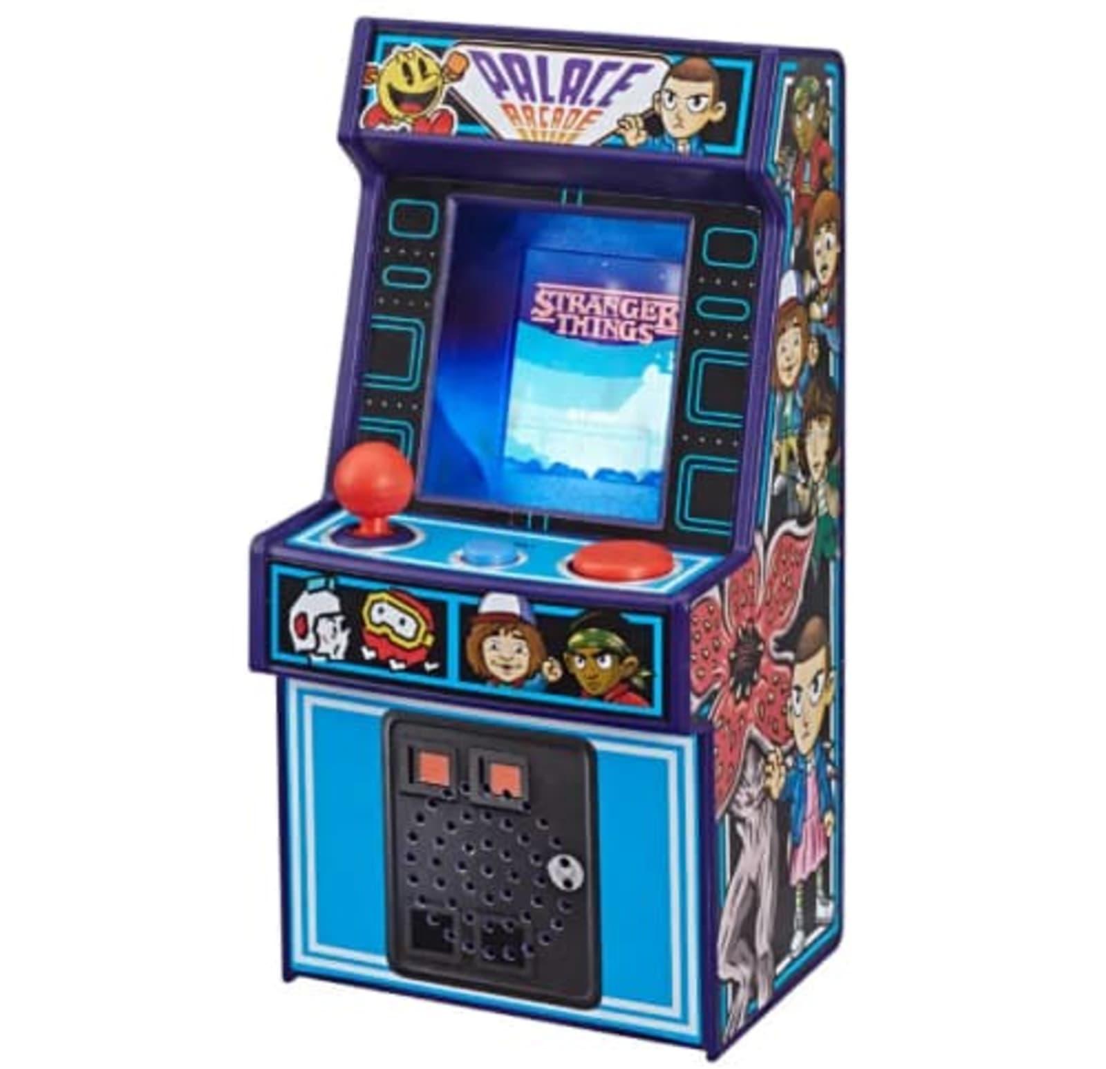 'Stranger Things' mini arcade game