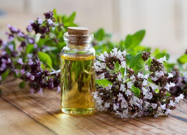 El aceite de orégano ayuda a fortalecer el sistema inmunológico.