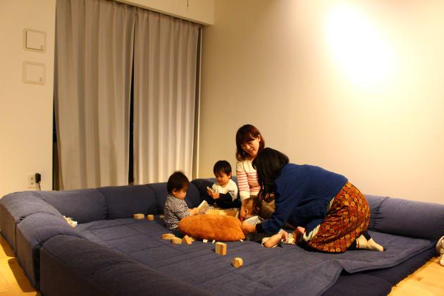 通称「子ども部屋」。取材中は筆者の子どもも一緒に遊んでいた。