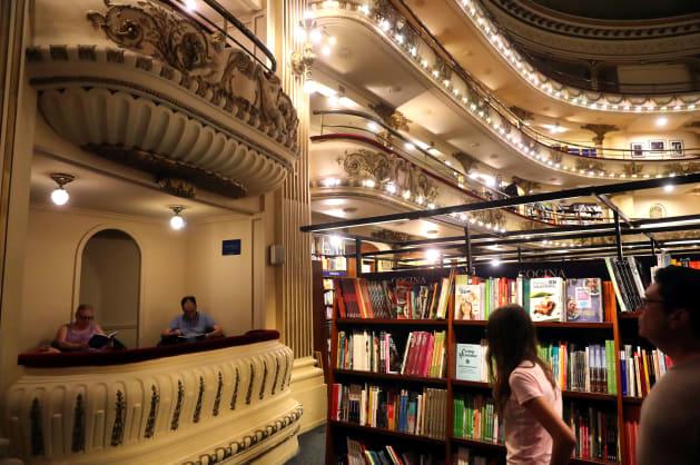 """La librairie """"El Ateneo"""" est la plus belle du"""
