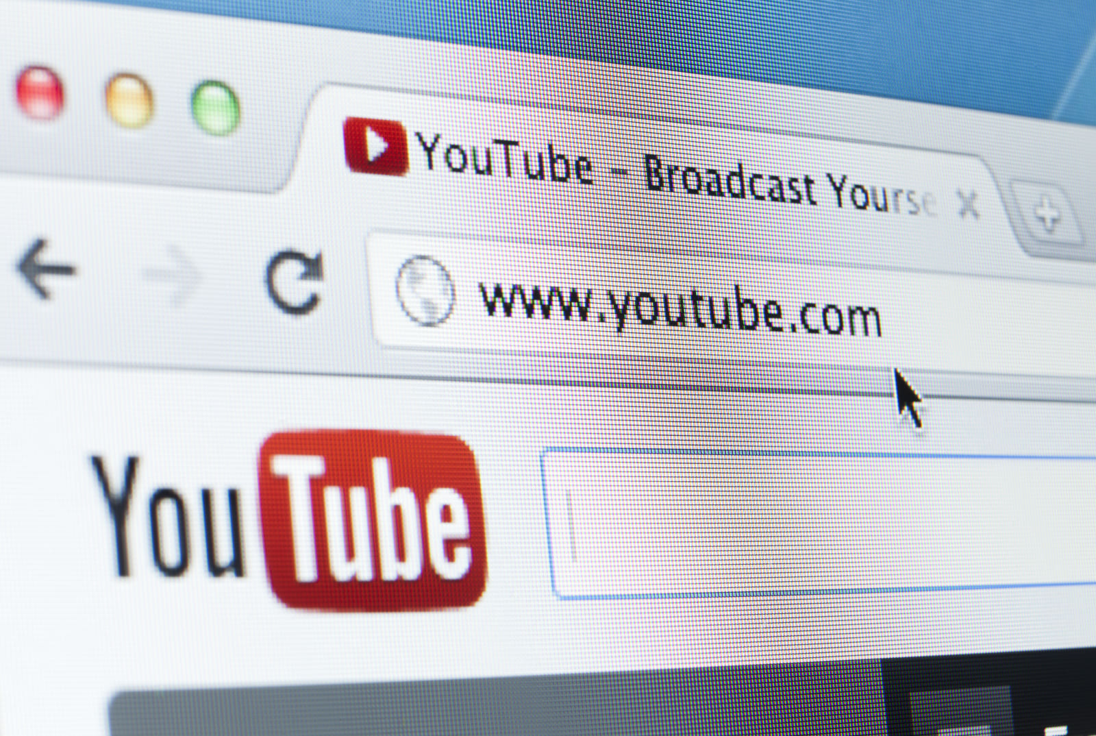 YouTube is testing paid online hangs with influencers