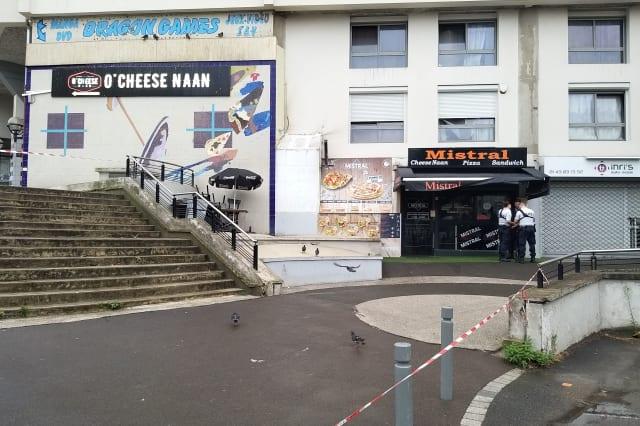 FRANCE-CRIME-RESTAURANT