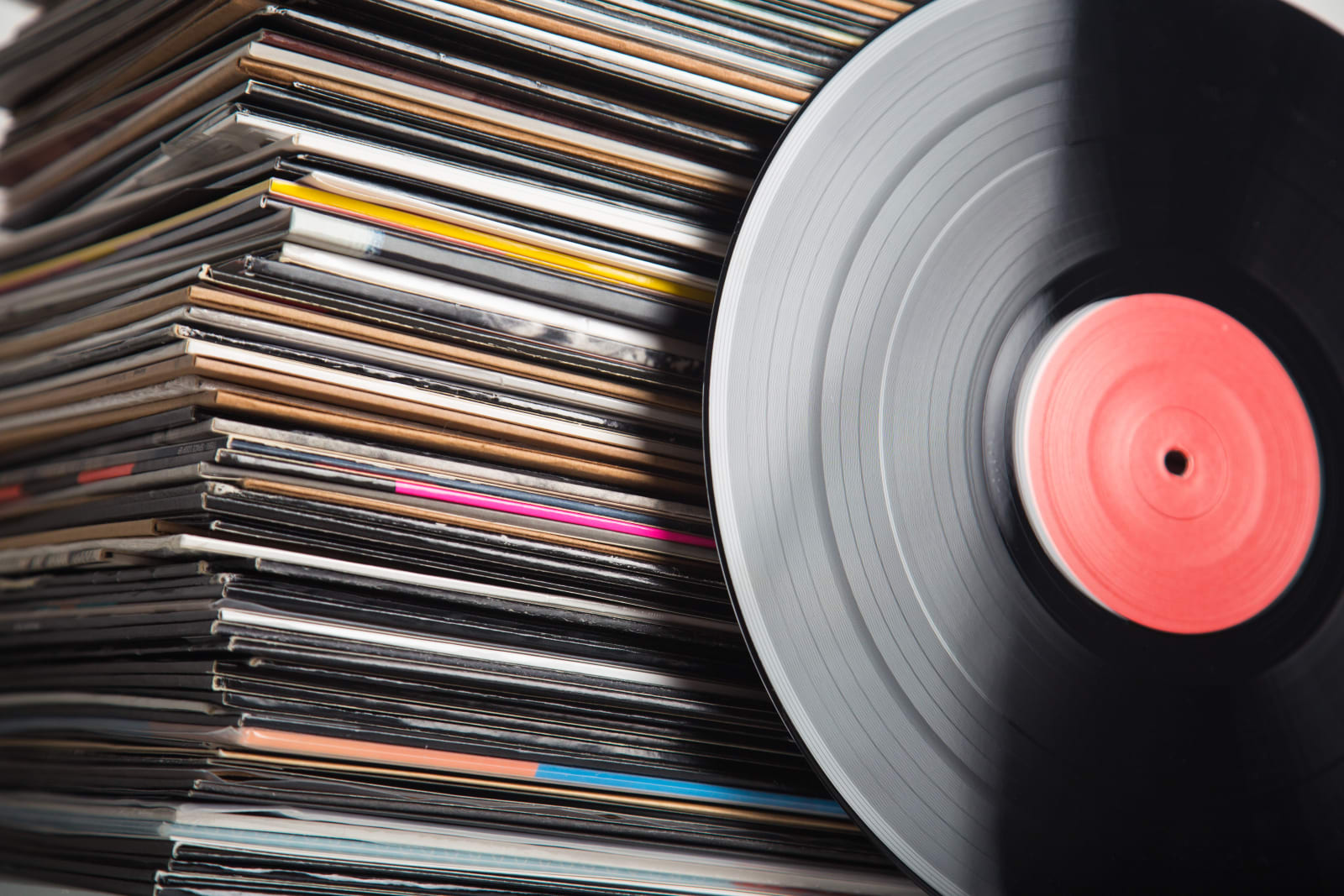 Vinyl Records Set To Outpace CD Sales For The First Time In 30 Years