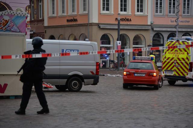 Car detects pedestrians in Trier