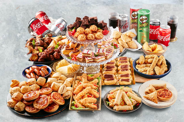 Christmas for £1 per person with Iceland's 150-piece party food bundle