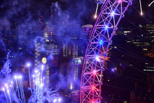 「London is open」とスペイン語、ポーランド語、フランス語、ドイツ語、イタリア語、ルーマニア語と英語で流された