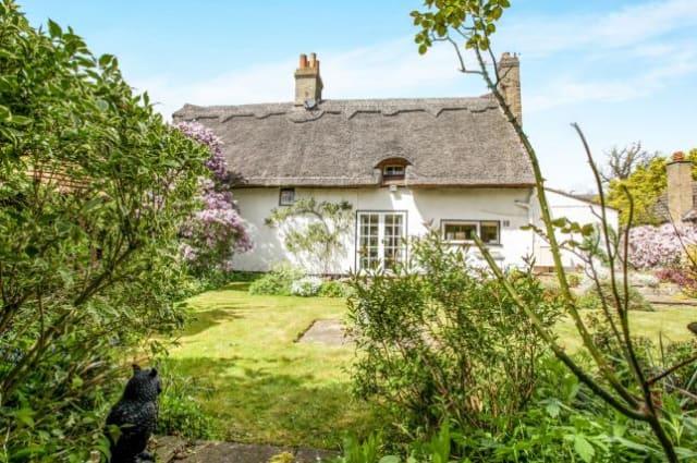 The pretty Cambridge cottage