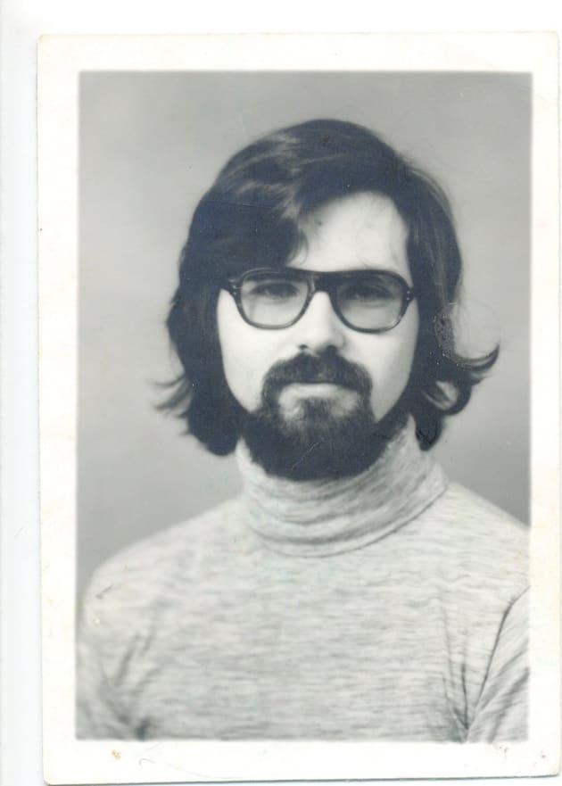 大学を卒業した時のジム・カーソン。マイケル・ベア・カーソンを名乗る前。
