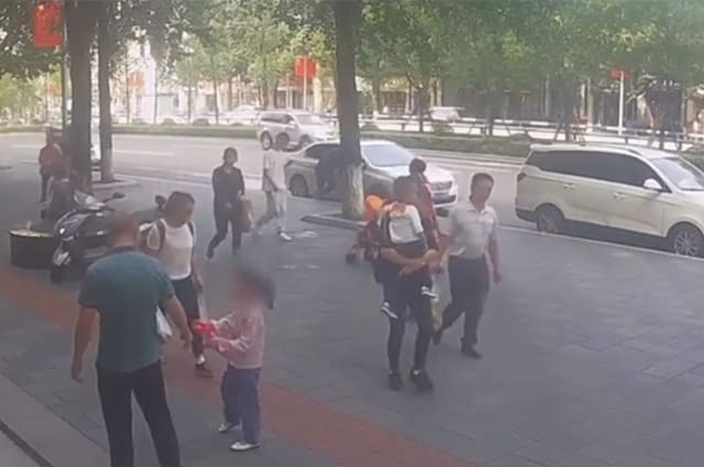 Six-year-old knocked out after glass window falls from building's 11th floor in China