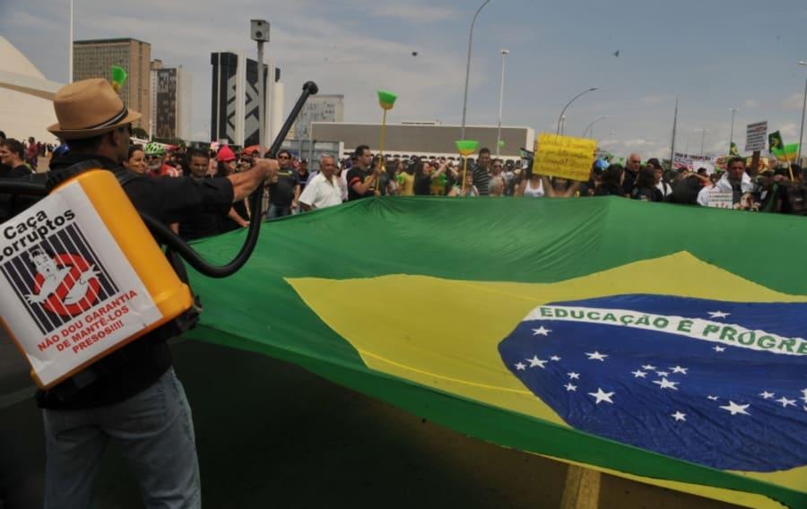 Marcha em defesa da constitucionalidade da Lei da Ficha Limpa, em 2011, e pelo fim do voto secreto.