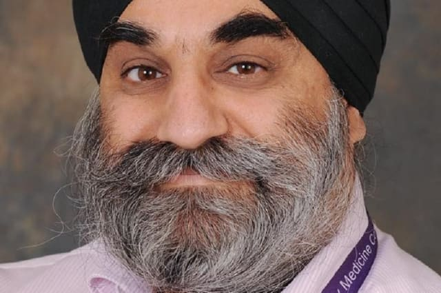 UK's first Sikh A&E consultant dies after contracting Covid-19